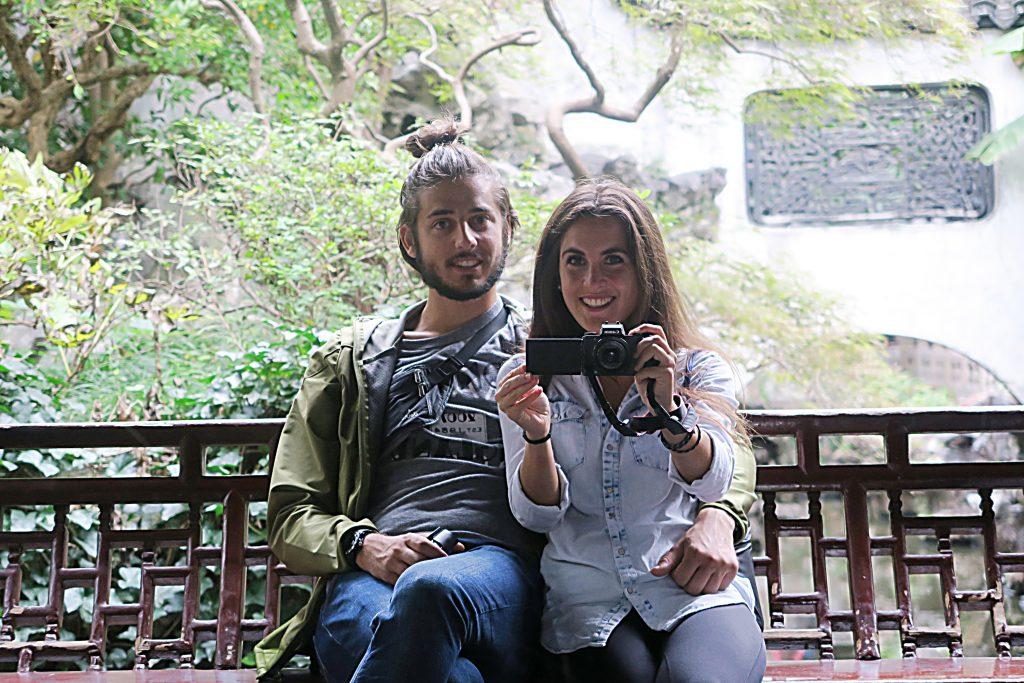 Laura et Zim dans le Yu Garden